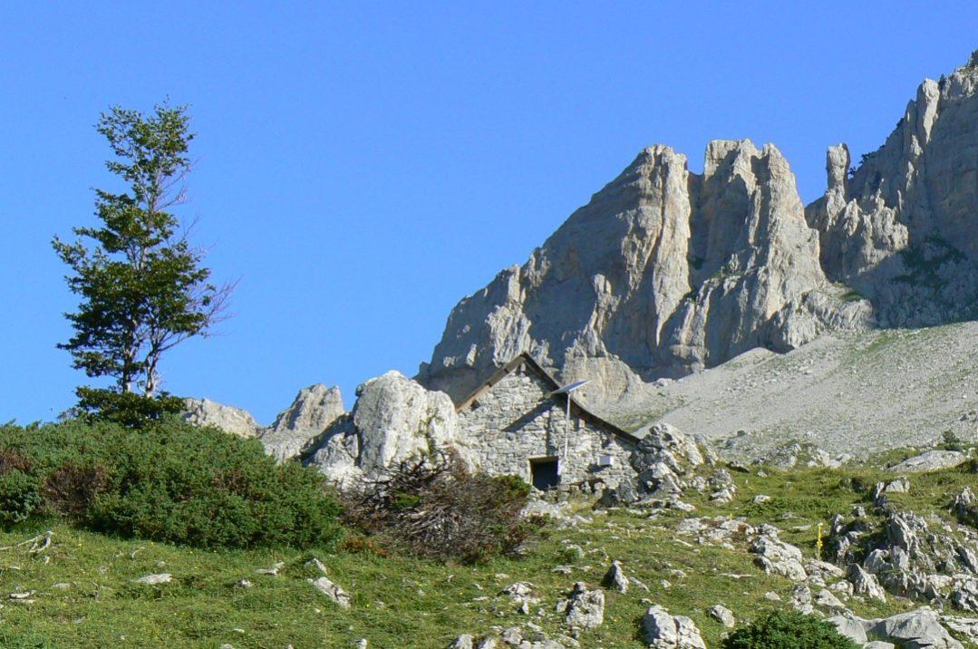 Cabane vers pic d'Anie ©CDT64-A.Salaun