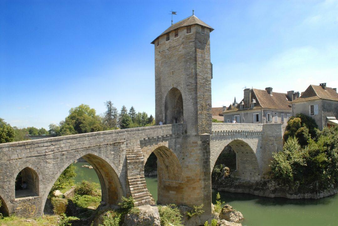 Orthez le pont Vieux 003 ©CG64-JM Decompte