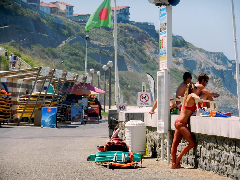 Biarritz Cote des basques écoles surf MNS002 ©CDT64-C.Idelovici (1)
