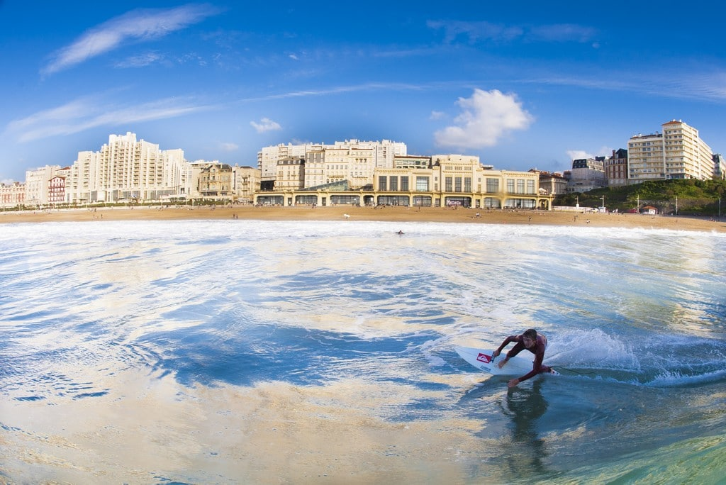 Biarritz Grande Plage surfeur aquashot ©G.Arrieta