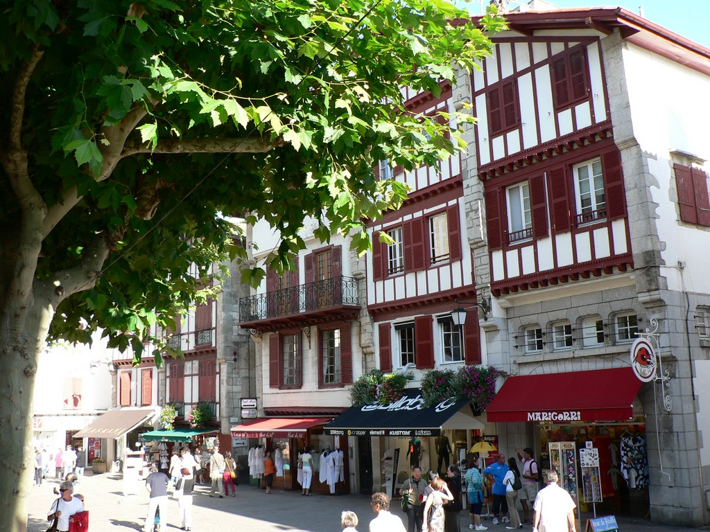 Saint-Jean de Luz rue Gambetta 1 ©CDT64