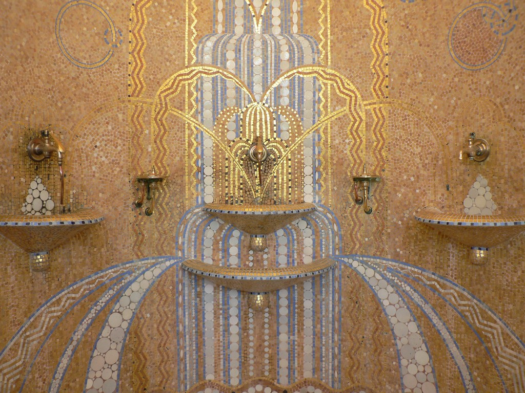 Thermes de Cambo - salle de la Fontaine 02 ©CDT64