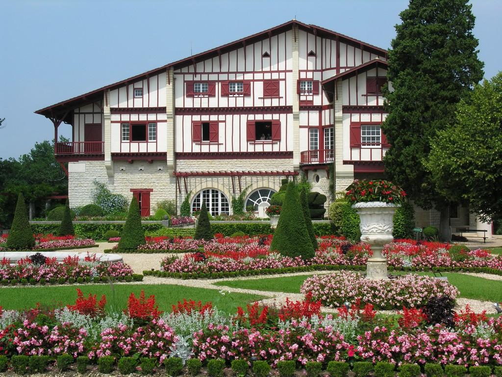 Villa Arnaga façade est 03 ©Villa Arnaga